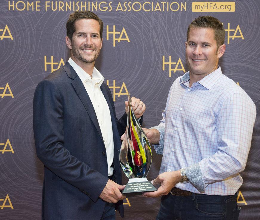 Hudson Brothers accepting award